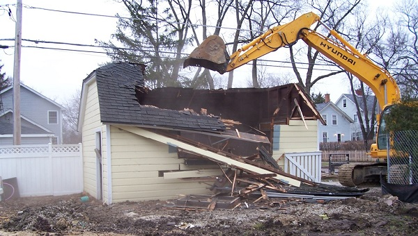 How to demolish a garage