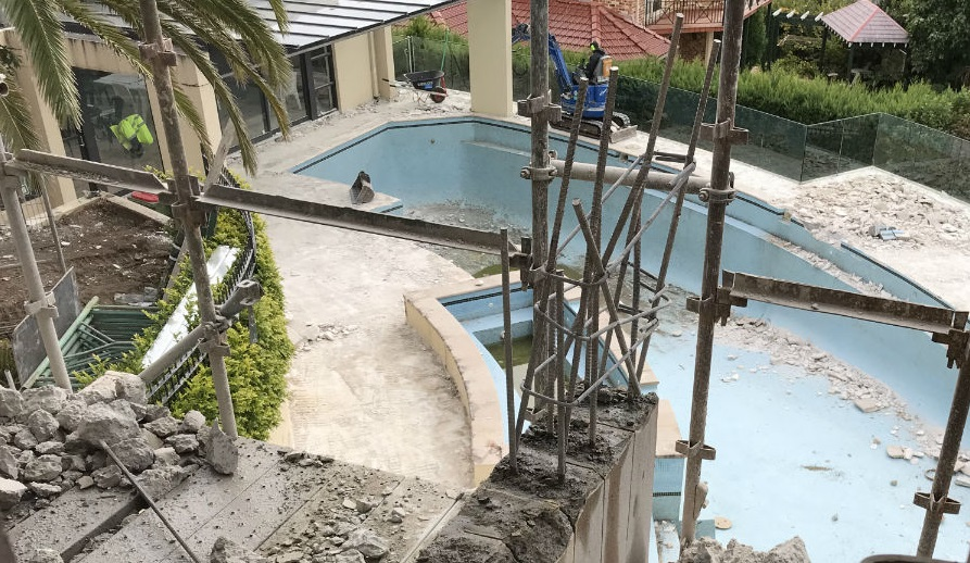 5 Things to Ask Your Swimming Pool Excavation Contractor